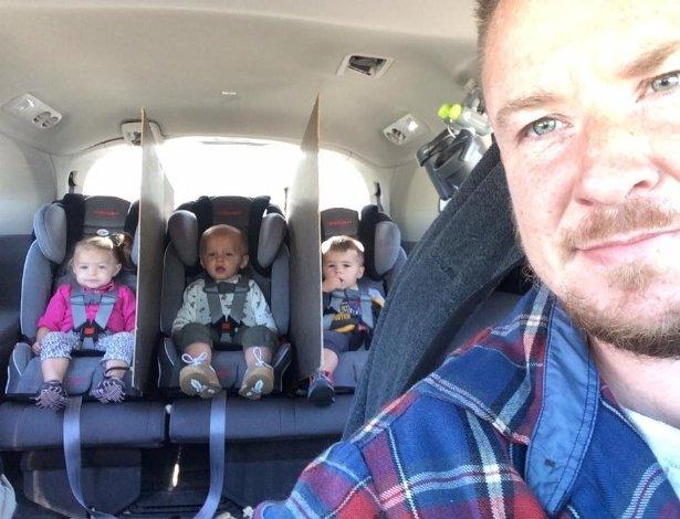 jake-white-mostra-em-selfie-como-terminou-com-as-brigas-entre-os-filhos