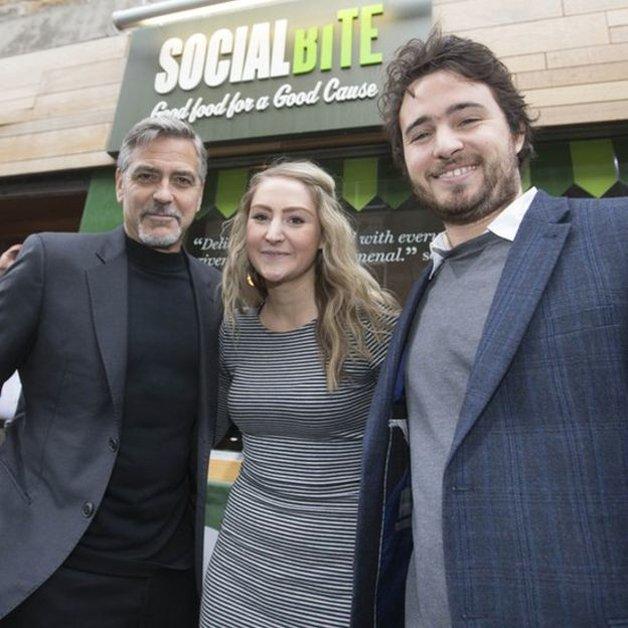 Os sócios, com George Clooney