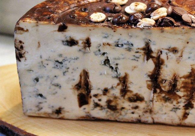 Eles criaram um queijo de chocolate e nós não estamos sabendo lidar com isso