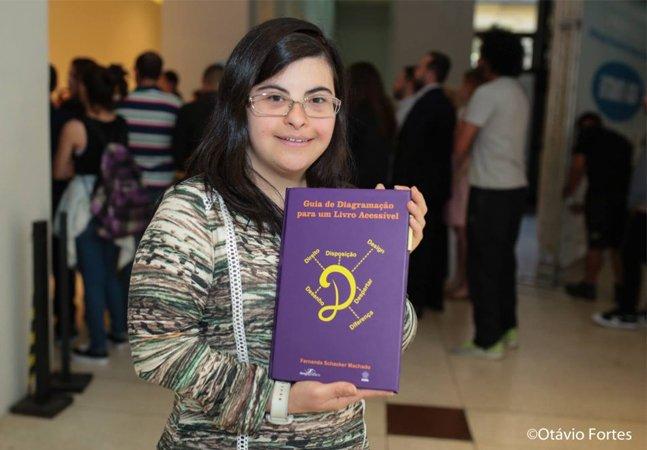 Esta designer com síndrome de down criou um manual de diagramação para livros acessíveis