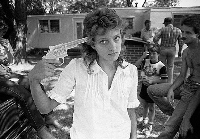 Amor, luxúria e perda: fotógrafo revela suas memórias dos anos 80 em imagens poderosas