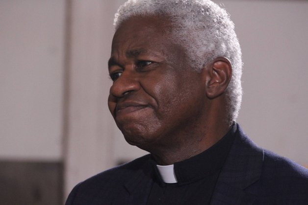 O Pastor Ron Buford