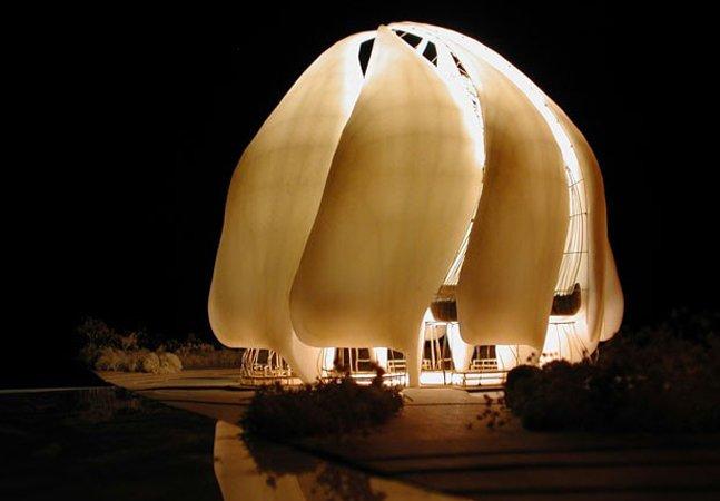 Templo de religião que prega tolerância e respeito à diversidade tem cinco prêmios de arquitetura