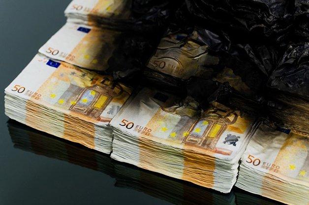 when-design-speaks-about-money-58122ac034caf__880
