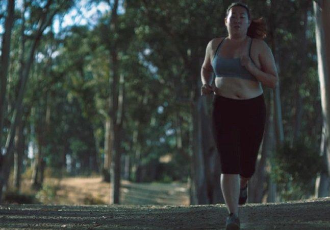 Movimento propõe que mulheres aceitem sua barriga do jeitinho que ela é