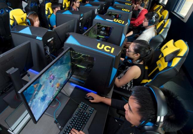 Universidade dos EUA oferece bolsa de até R$50 mil para gamers