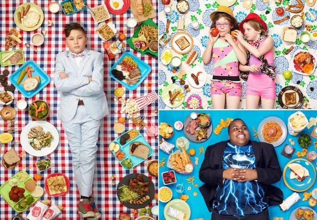 Fotógrafo retrata crianças cercadas por junk food para mostrar como isso é nosso 'pão de cada dia'