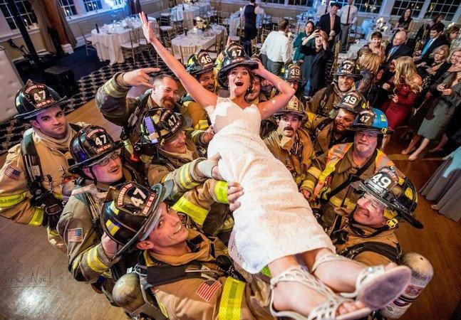 Como o bom humor salvou este casamento evacuado por suspeita de incêndio