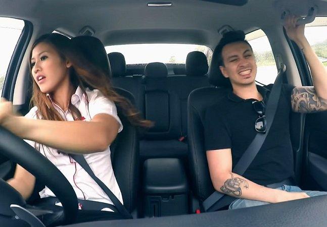 Pegadinha responde com bom humor a quem diz que mulher e volante não combinam