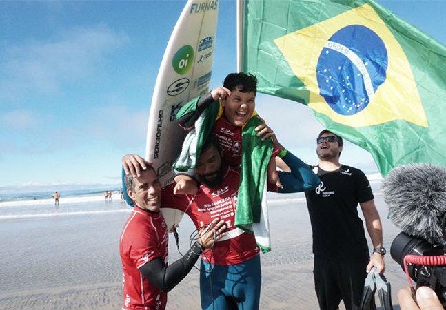 Brasil é campeão mundial no surfe adaptado e Davizinho também leva o ouro individual