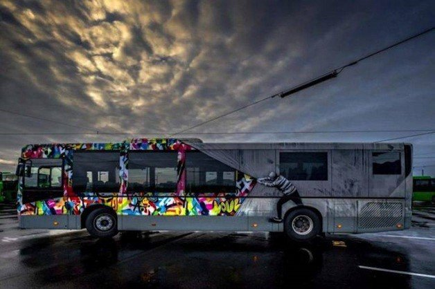 creative-street-art-buses-in-norway-12-900x599
