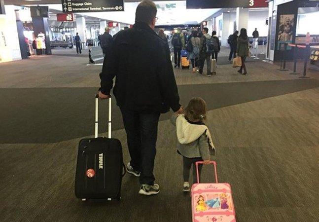 Pai doa suas milhas de passagens aéreas para que pessoas sem recursos possam visitar suas famílias no Natal