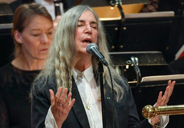 Dylan não foi receber o Nobel, mas mandou Patti Smith em seu lugar; e o resultado foi emocionante