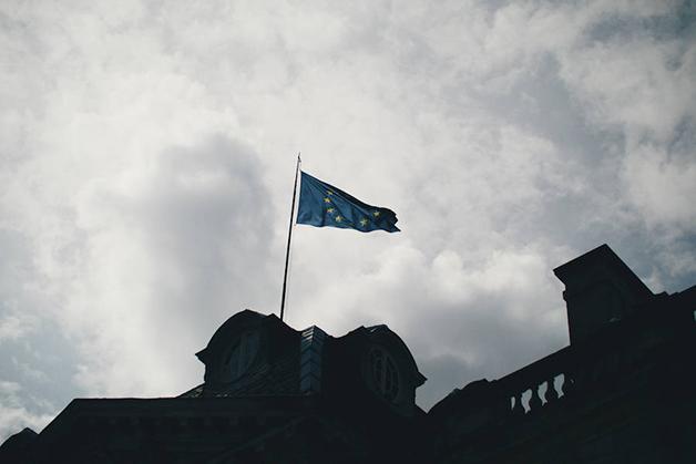 strasbourg-drapeau-900x600