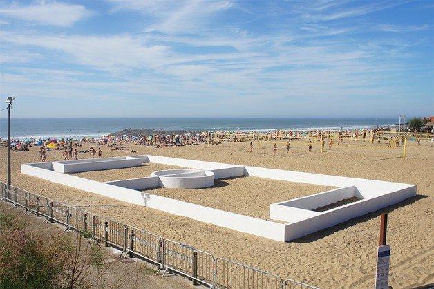 benedetto-bufalino-terrain-de-sport-sports-field-anglet-beach-france-designboom-010