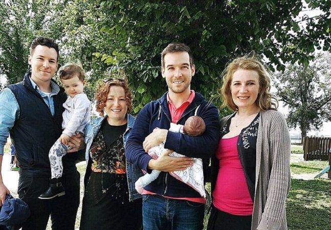 Aos 35 e com 3 filhos, ela foi barriga de aluguel duas vezes para ajudar irmão gay a realizar  sonho de ser pai