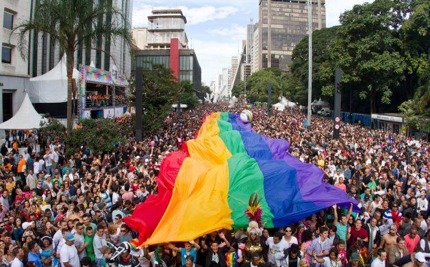 PARADA LGBT – SÃO PAULO (SP) – 10.06.2012 – GERAL -16 PARADA DO ORGULHO LGBT, REALIZADA NA AVENIDA PAULISTA, SÃO PAULO. FOTO: JOSE CORDEIRO/SPTURIS
