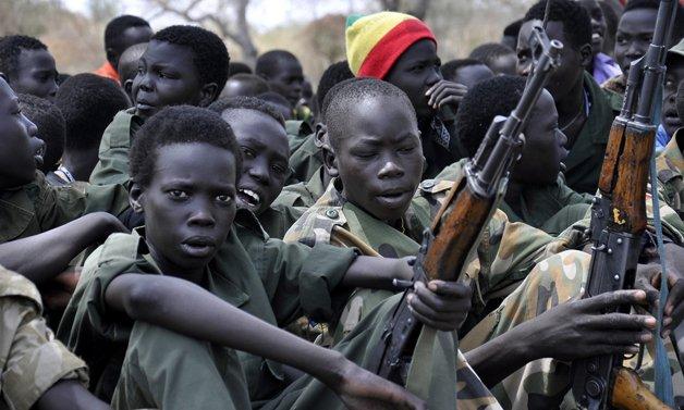Os soldados-criança da guerra do Sudão do Sul