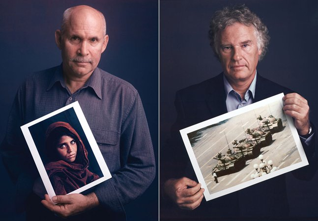 Projeto realiza Incríveis retratos de fotógrafos posando com suas fotografias mais icônicas