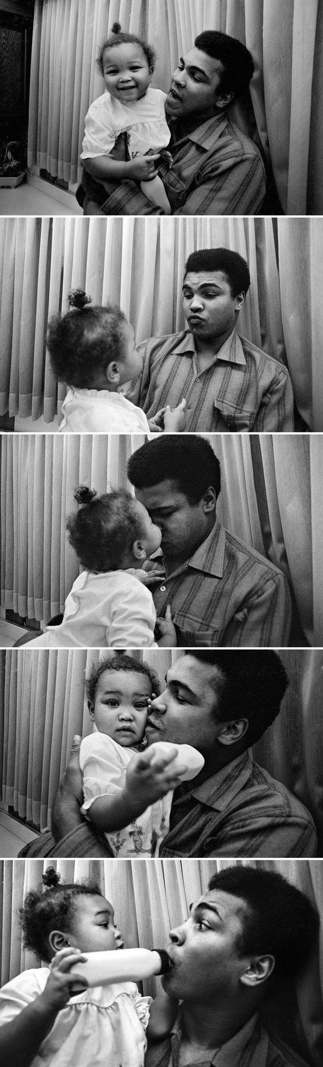Ali brincando com sua filha