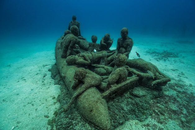 museo-atlantico_lanzarote_lampedusa_growth_04526_jason-decaires-taylor_sculpture