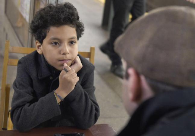 Menino de 11 anos que sofria bullying faz sucesso – e dinheiro – dando conselhos no metrô de Nova York