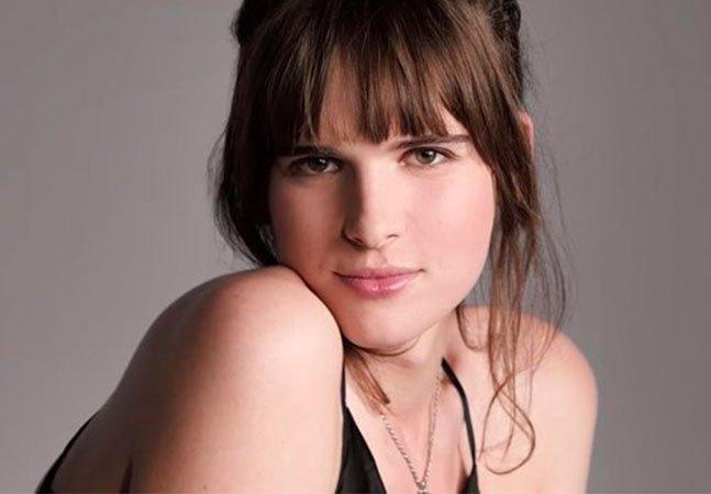 '33 tons de maquiagem': conheça a modelo transgênero que estrela uma das mais incríveis campanhas da L'Oréal