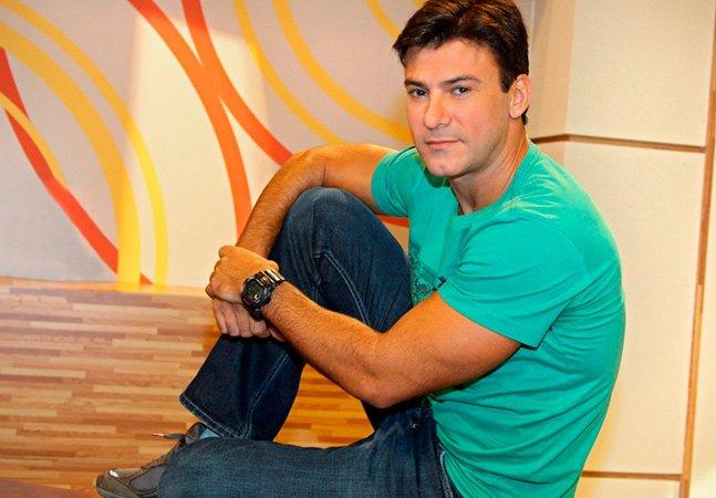 Leonardo Vieira sofre ataques homofóbicos na internet e responde com carta aberta inspiradora