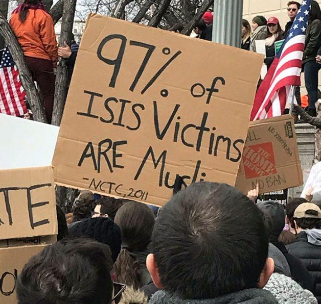muslim-ban-protest-donald-trump-10-588f885e3986f__700