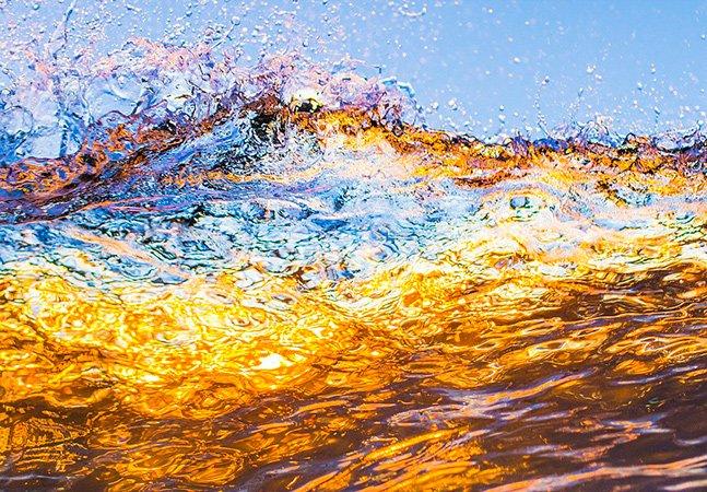 Jovem cadeirante de 17 anos faz fotos incríveis do lugar onde se sente mais livre: o mar