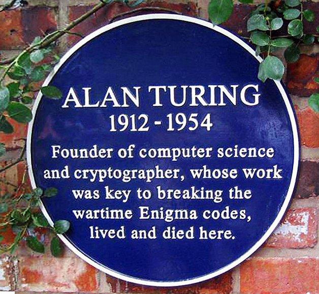 A famosa 'placa azul' que o governo inglês oferece aos seus cidadãos mais notáveis
