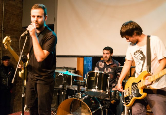 Projeto seleciona bandas independentes para gravar em estúdio profissional em São Paulo e no Rio de Janeiro