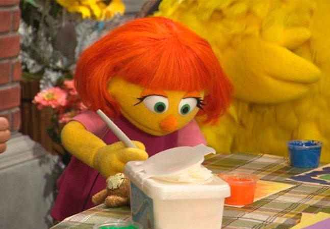 Júlia é a primeira personagem com autismo da 'Vila Sésamo'