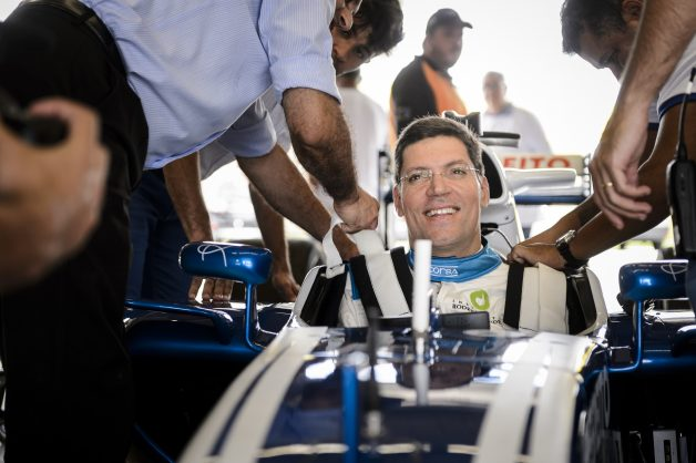 Campanha de Fórmula 1 - tudo começa pelo respeito.
