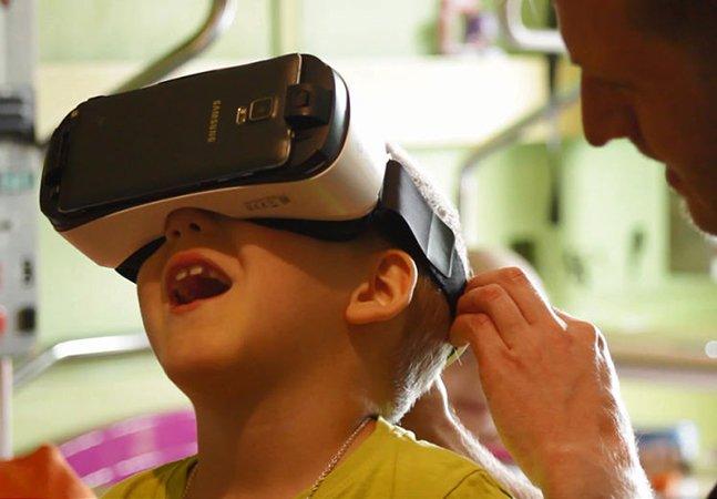 Ele usa realidade virtual para levar alegria a crianças com câncer; e o resultado é lindo