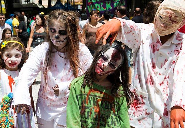 Fomos até Curitiba curtir a Zombie Walk, um verdadeiro show de horrores pelo centro da cidade