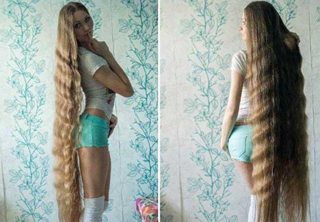 Ela não corta o cabelo há mais de 14 anos e o resultado é um look totalmente original