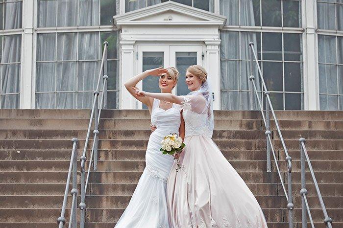 female-cosplayers-wedding-photos-1
