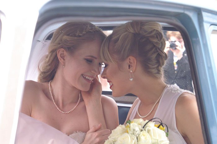 female-cosplayers-wedding-photos-5
