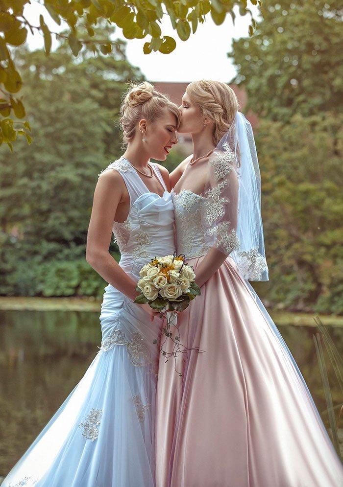 female-cosplayers-wedding-photos-7