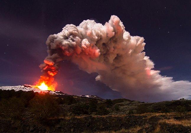 Estas fotografias do vulcão Etna em erupção são lindas e apavorantes ao mesmo tempo