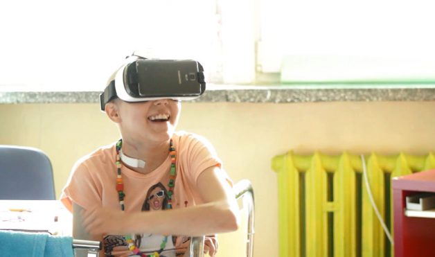 i-try-to-make-kids-with-cancer-smile-using-virtual-reality-technology-3__880