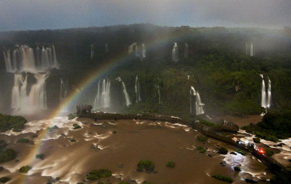Arco_íris_lunar-Cataratas-do-Iguaçu-Elza-Barbosa