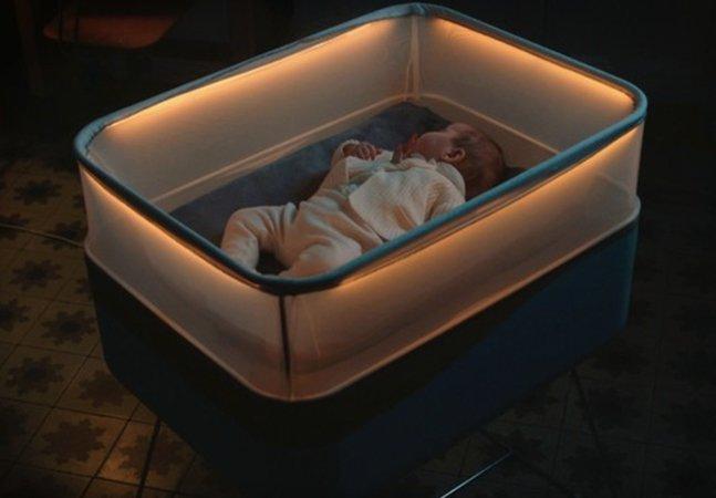 Ford cria berço que simula uma viagem de carro para ninar seu bebê
