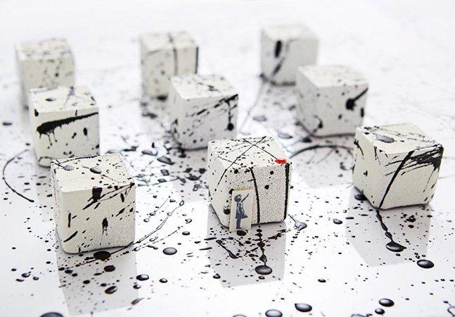 Hotel oferece chá acompanhado de bolinhos inspirados em obras de artistas como Banksy e Yayoi Kusama