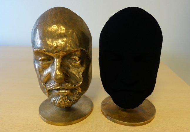 O preto absoluto: inventaram uma tinta tão escura que torna os objetos 2D