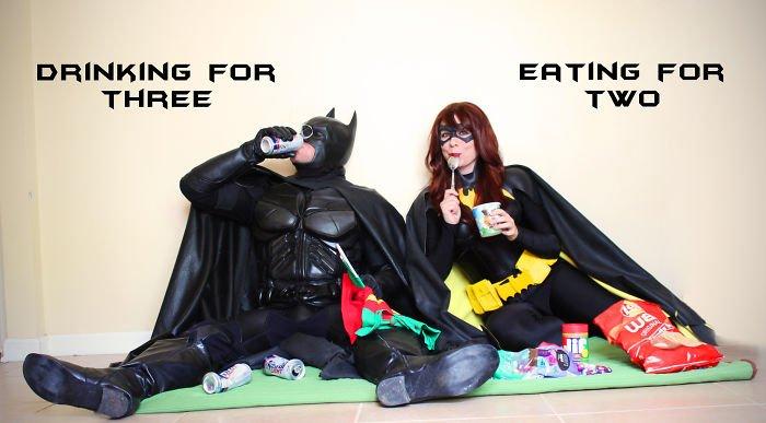 batman-batwoman-pregnancy-announcement-photo-ocularis01-2-58fdc0a5a3ea3__700