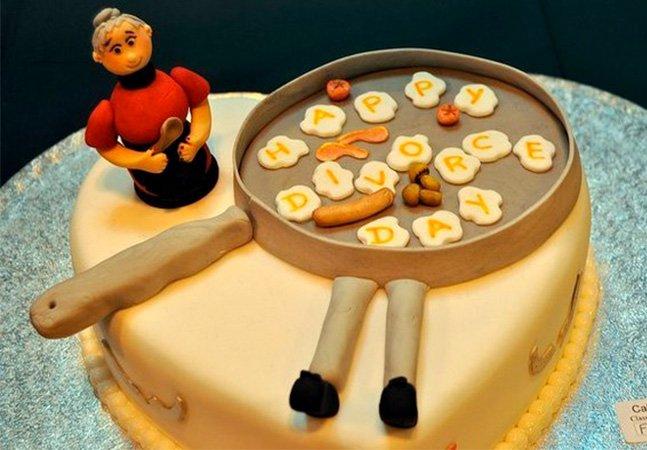 Os 'bolos de divórcio' são uma maneira divertida de atravessar um momento difícil