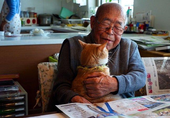 Neta oferece gatinho para o avô doente e vira sua vida de ponta cabeça – no melhor sentido