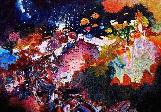 Artista com disfunção neurológica vê cores nos sons e pinta suas músicas prediletas